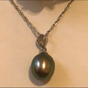 "Vantel Pearl Drop Necklace on 18"" Sterling Chain"